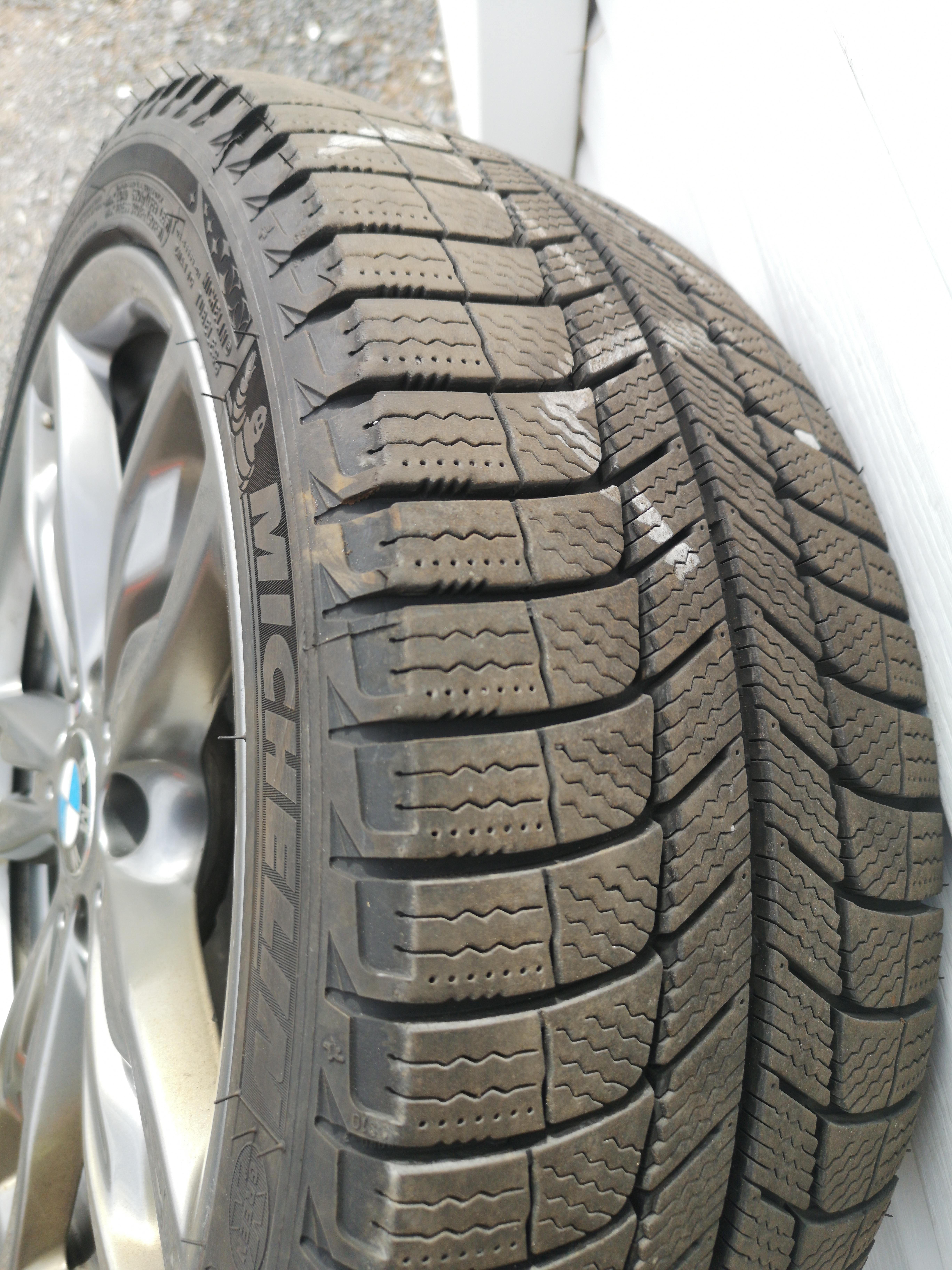 Michelin X-Ice 225/40/18